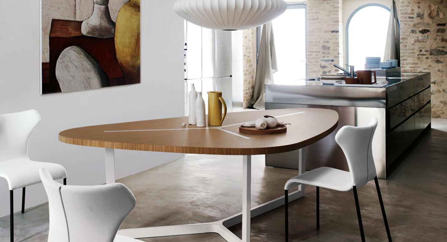 Soluzioni personalizzate e moderne per arredare casa for Architettura arredamento d interni